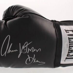 "Thomas ""Hitman""Hearns Signed Everlast Boxing Glove"